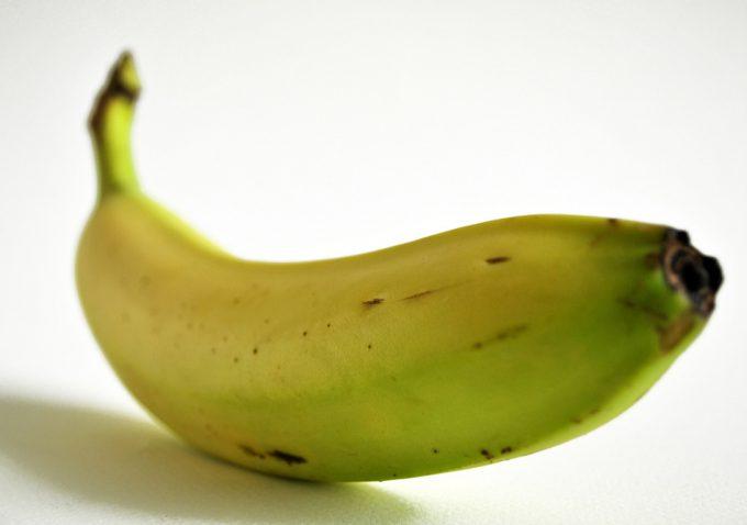 ¿Realmente se puede madurar la fruta en 10 minutos en el horno?